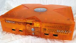 OG Xbox - Halo Special Edition Orange.jpg