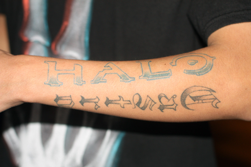 HB 24-11-2011 Halo Tattoo.jpg